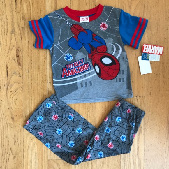 Marvel Comics Spider-Man Boy/'s Toddler 3-Piece Pajama Set  Sizes 2T 3T 4T NWT